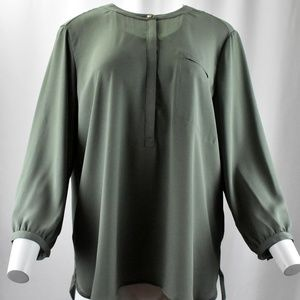!! Sage Green Pleated Button-Up Light Blouse !!